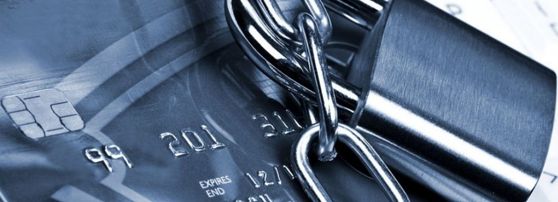 Приставы всегда арестовывают счета долг по кредиту переходит на родственников